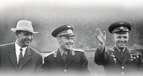 Д.С. Полянский с Гагариным и Титовым. 1961 г.