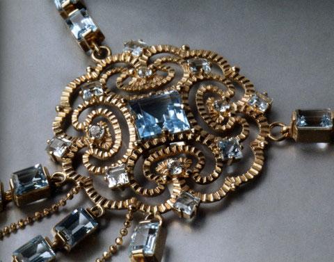 Украшение из якутского золота