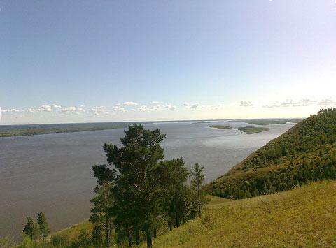 Река Лена у с. Табага. Якутия. Фото С. Дьяконова