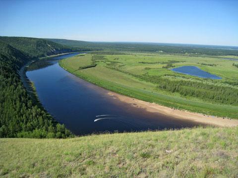 Якутия. Река Амга. Фото с сайта zabroski.ru