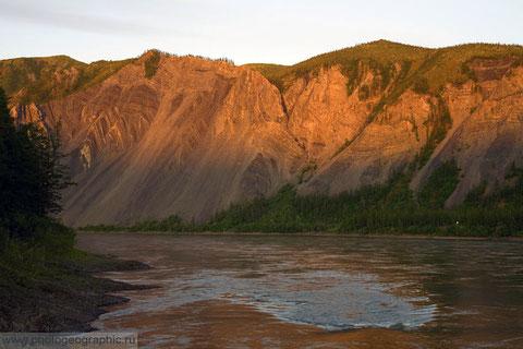 Река Индигирка. Якутия. Фото Сергея Карпухина