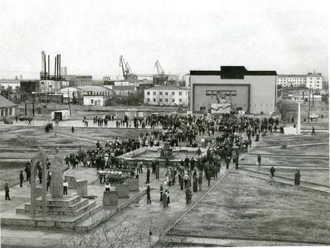 Площадь перед ДК «Маяк» пос. Жатай. Якутия