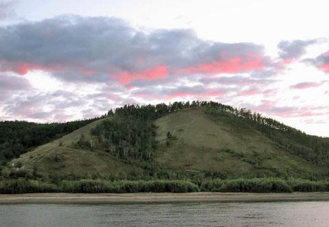 Берег реки Лена. Якутия