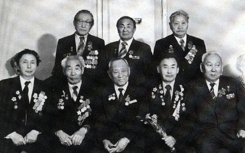 Сивцев в верхнем ряду слева 1975 г.