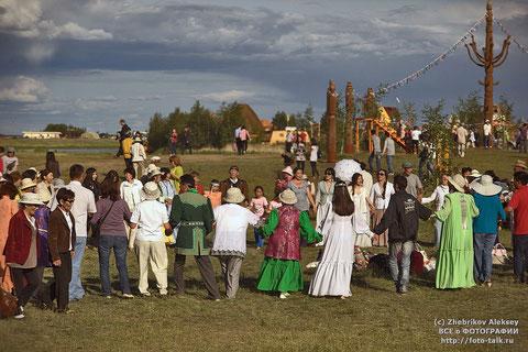 Осуохай на празднике в Якутске. Фото Алексей Жебриков