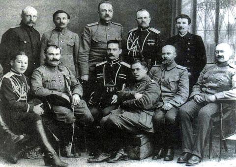 Представители Белого движения: Семенов, Калмыков, Анненков, Красильников