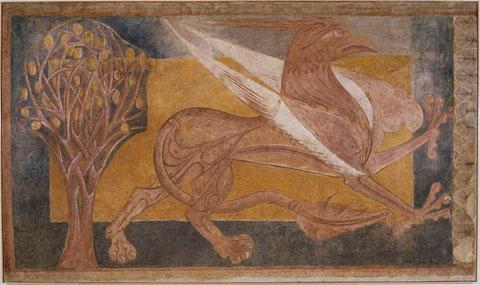 Pinturas de Arlanza: Grifo,mitad león, mitad águila,como guardianes del templo.Bestiario románico.Procede de la Torre del Tesoro del antiguo Monasterio de San Pedro de Arlanza,Burgos.