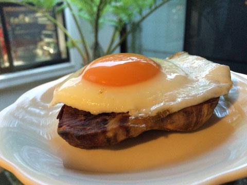 紅芋農家の当真さん伝授の厚切り紅芋ステーキ、今朝の朝食で大評判‼️