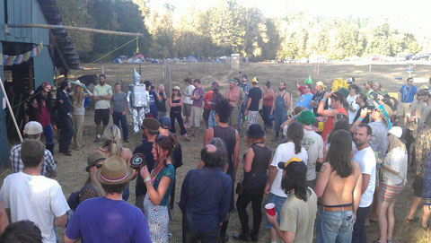 The Pinata Crowd