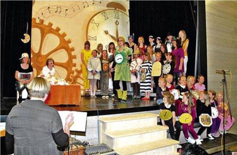 Musical - Ausgetickt ? - mit strawberry under und Coole Kids -2010