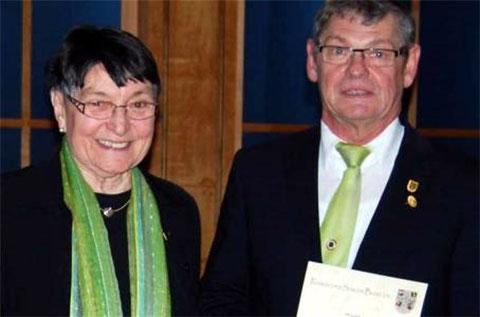Ehrung - Ehrenvorsitzende Rita Blasl und Bernhard Krines -  50 Jahre - 2015
