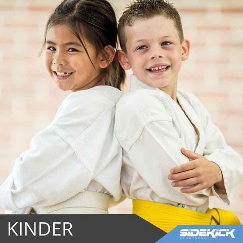 Kinder Langenargen jungen und Mädchen beim Karatetraining in Langenargen und Lindau.