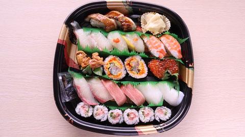 寿司、寿司桶、外食、料理、食べ物の写真フリー素材 Sushi, sushi tub, eating out, cooking, food photo free material