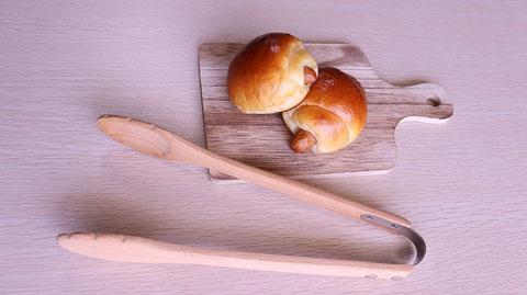パン、ソーセージロールパン、お菓子、おやつ、料理、食べ物の写真フリー素材 Bread, sausage rolls, sweets, snacks, food, food photos free material