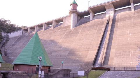 ダム、コンクリート、風景の写真フリー素材 Dam, concrete, landscape photo free material