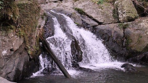 滝、川、自然、山の写真フリー素 Free photos of waterfalls, rivers, nature and mountains