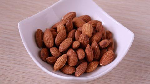 アーモンド、ナッツ、ダイエット、お菓子、おやつ、料理、食べ物の写真フリー素材 Almonds, nuts, diets, sweets, snacks, food, food photos free material