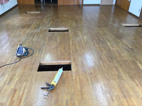 床鳴り箇所の修繕および補強