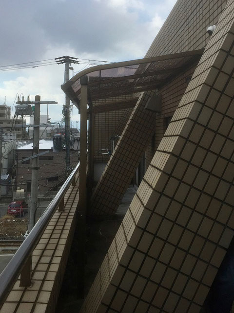 バルコニー屋根(設置後)