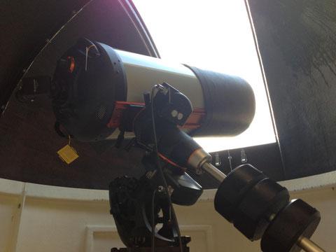 Das Hauptteleskop C14EdgeHD14 mit aufgesetzter Taukappe