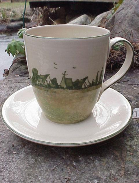 Kaffee/Teepott XXL, mit Untertasse | 24,50 Euro