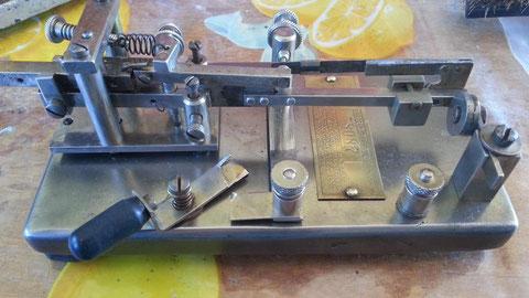 Early Model-X nichel plate finished completamente riassemblagio.