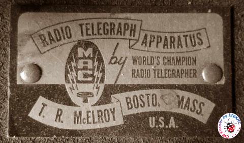 La nuova targa McElroy / Telegraph Apparatus Co. senza numeri seriali