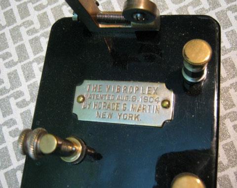 Martin Vibroplex 1905 - Targa tipo A1