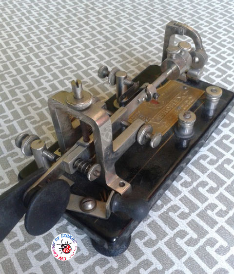 Martin Junior - èarticular on frame and closer lever