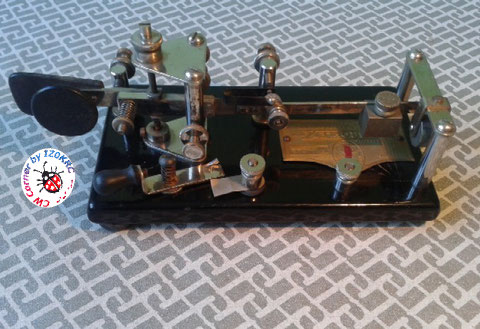 Ligthning S/N 104602 Japaned paintstripe finished