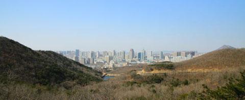 "Blick auf unseren ""Vorort"" von Dalian - Dalian Development Area - Kai Fa Qu"