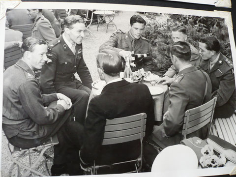 1948 Berne: British team relaxes