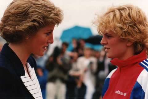 1988 London: Wendy Norman (GBR) receives congratulations from Princess Diana at the Champion of Champions event
