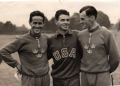 1948 London: The medallists - Grut (SWE) ,Moore (USA), Gardin (SWE)