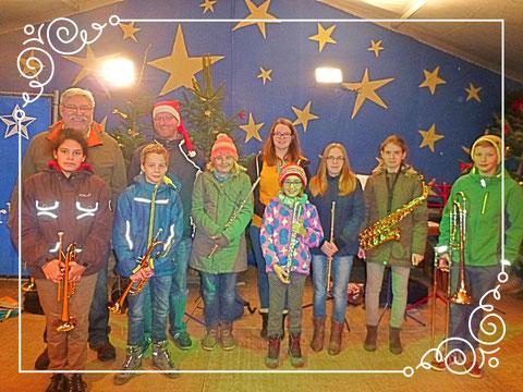 "Jugendkapelle auf dem ""Sternlesmarkt"" in Ettlingen am 08.12.2015"