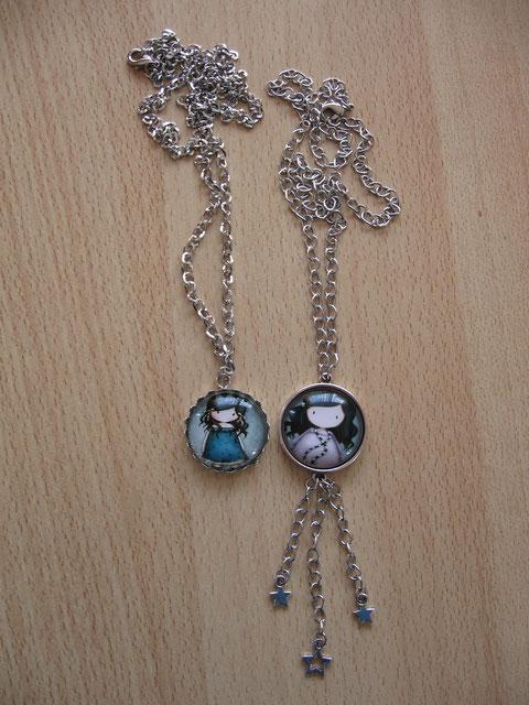Modèle 27 : colliers Gorguss : 9 euros. Celui de gauche (n° 9) mesure 62 cm et celui de droite (n° 11) mesure 55 cm