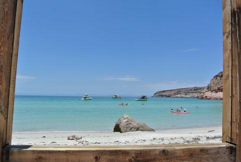 Beach Espíritu Santo island