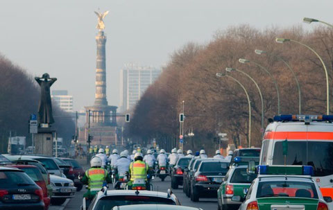 The Siegessäule seen from the Brandenburger Tor. The Straße des 17. Juni is one of the main arterials in Berlin.