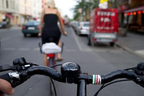 Cycling in the Köpenicker Straße in Kreuzberg