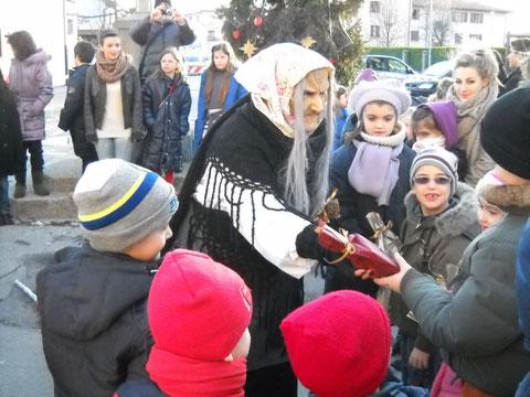6 gennaio 2015 - Arriva la Befana - ore 15.30 - piazza Baseglia