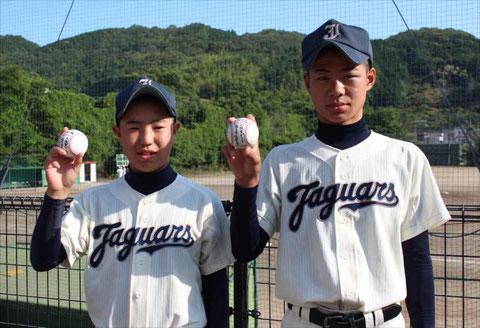 ホールラン 倉田選手(対和歌山有田戦)と佐々木選手(対羽曳野線)