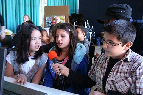Das Mikrofon wanderte in Berlin von Schüler zu Schüler ...