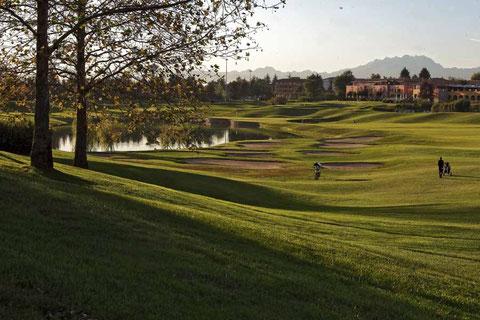 Spitzengolfplatz in strategischer Lage: Golf Le Robinie