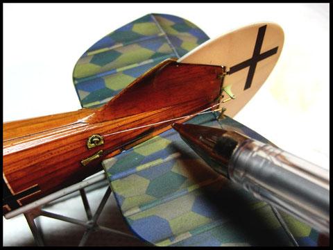 Uschi biplane rigging thread