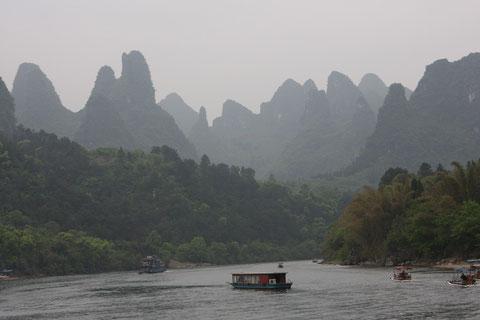Auf dem Li-Fluß