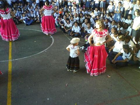 Baile Estudiantes