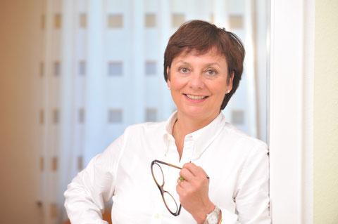 Dr. Monika Siebert