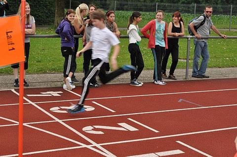 Bei den Klassenstaffeln gaben die Läufer ihr Bestes.