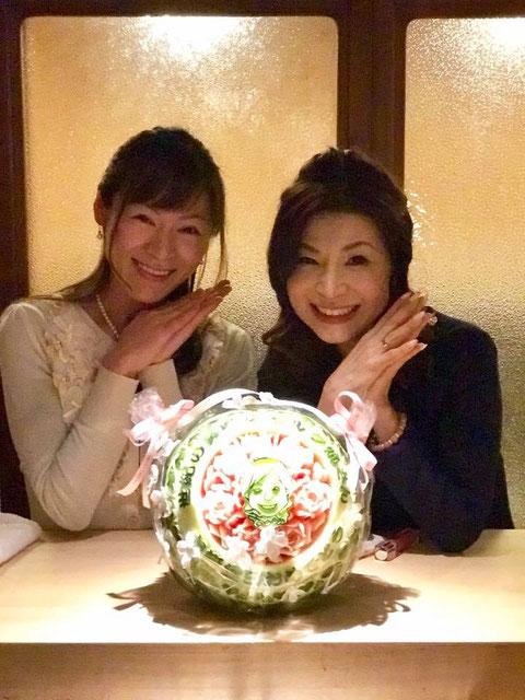 カービング スイカ 教室 フルーツ 彫刻 大阪 オーダー シルク姉さん