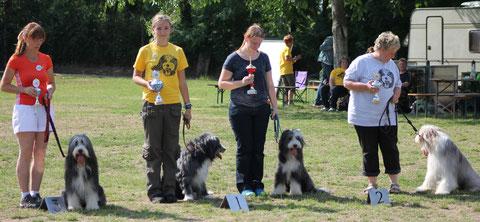 1. Platz - Laura und Angus/Saskia und Nala, 2. Platz - Kerstin und Jazz, 3. Platz - Patrizia und Alistair